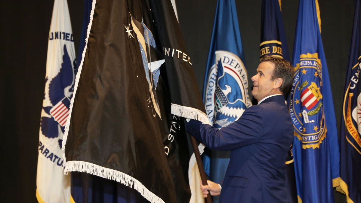 A ceremony designating the intelligence element of the Space Force as part of the U.S. Intelligence Community was held Jan. 8. USSF is its18th member.   Read more from @DNI_Ratcliffe and @SpaceForceCSO about this historic event:   #SemperSupra #TeamSpace