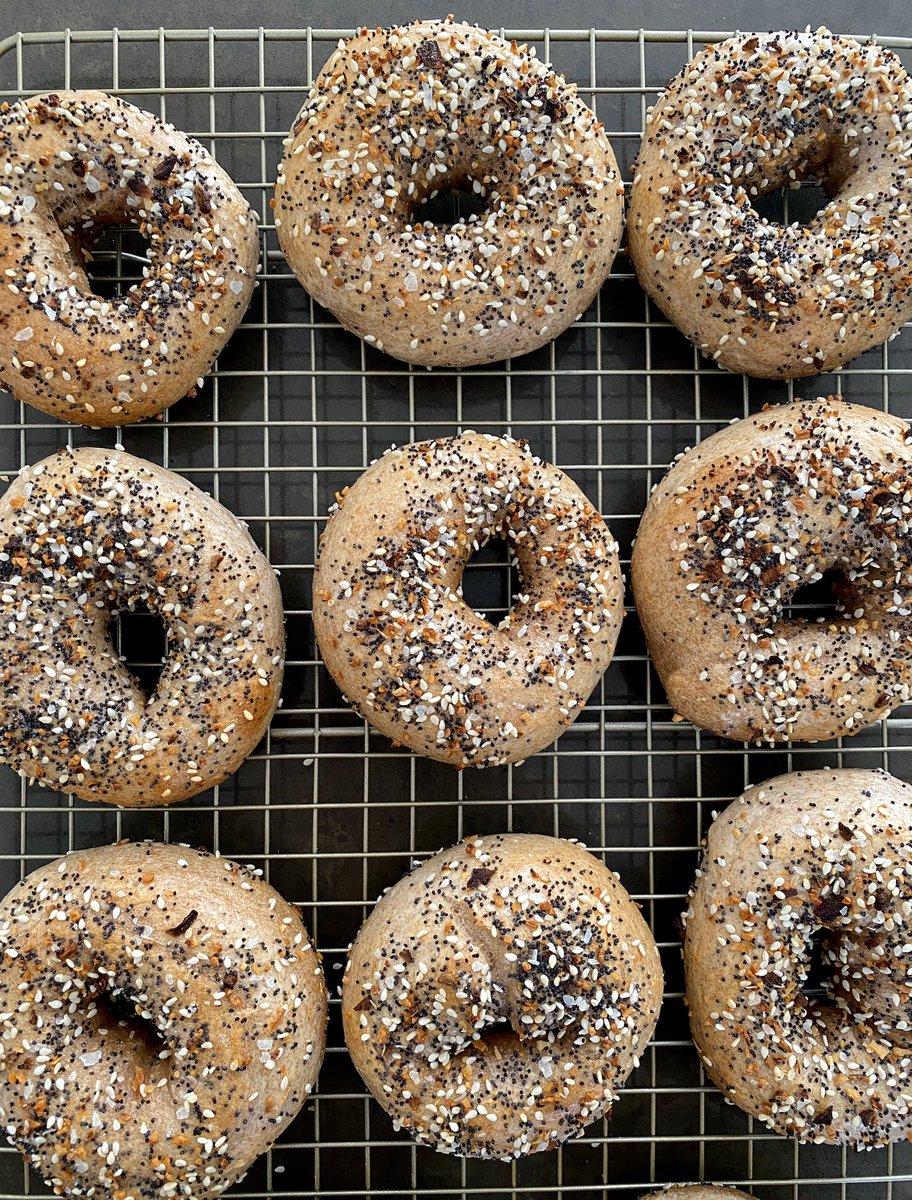 i made sourdough everything bagels 👨🏻🍳🥯