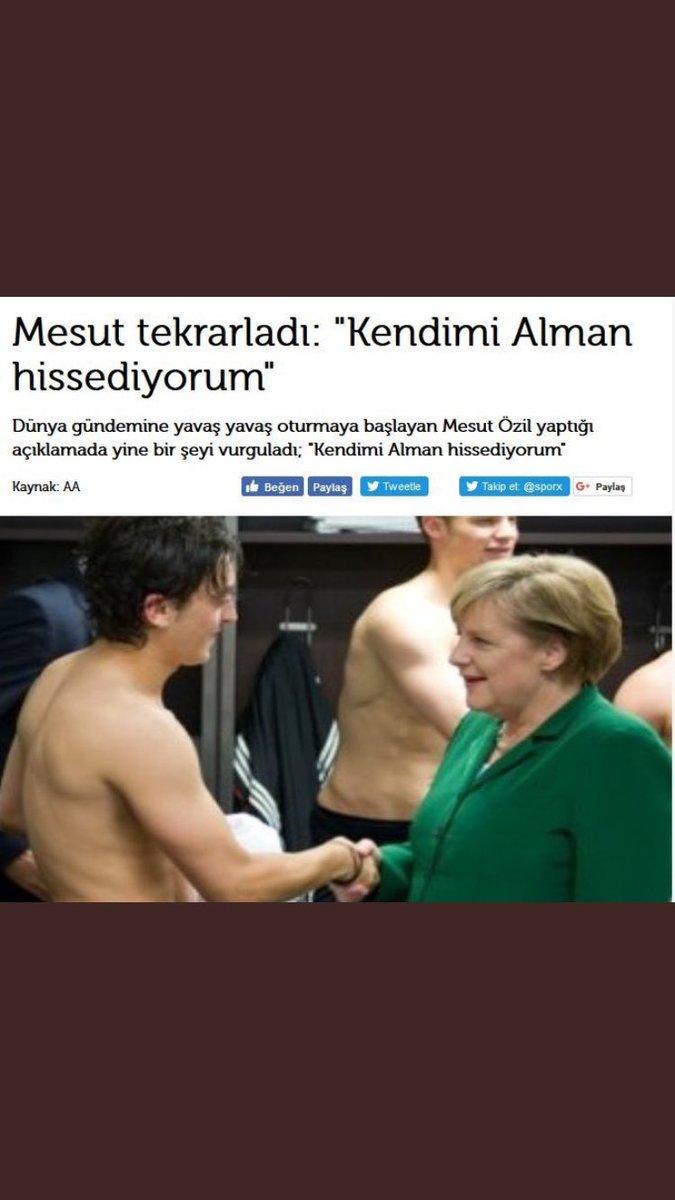 @MesutOzil1088 Mesut kardeş bu kadar Türk hissediyorsan kendini niye Alman milli takımını seçtin şimdi Avrupa'da piyasan kalmadı diye türküm niraları atıp kendini sevdirme çabaları içine girmişsin ama FB camiası seni bağrına basar onlar da senin gibi yanar DÖNER !