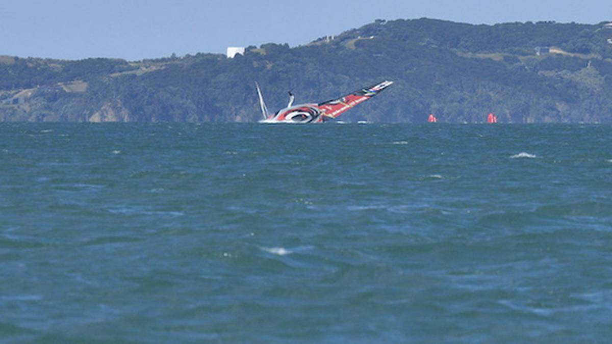 Actus Mer/Sea News:  #sport #sailing - @americascup 2021: @EmiratesTeamNZ capsize in practice race - @nzherald https://t.co/YsOOlmxyAh https://t.co/08m31Udsa7