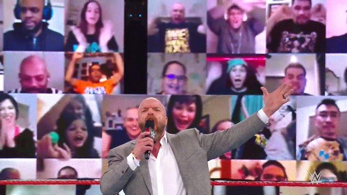 Triple H regresa a Monday Night RAW
