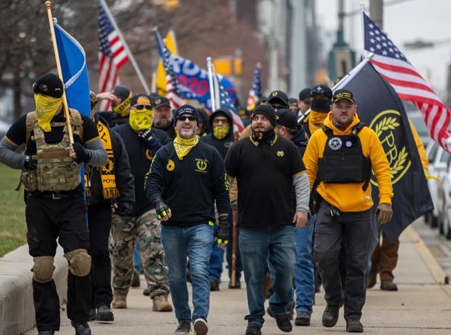 Usa, Fbi: «proteste armate» pianificate in tutti i 50 Stati fino a insediamento Biden