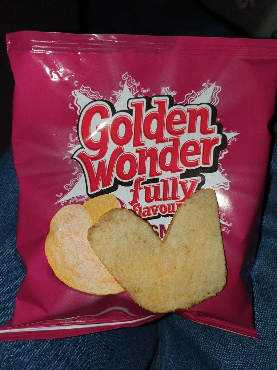 GoldenWonderUK photo