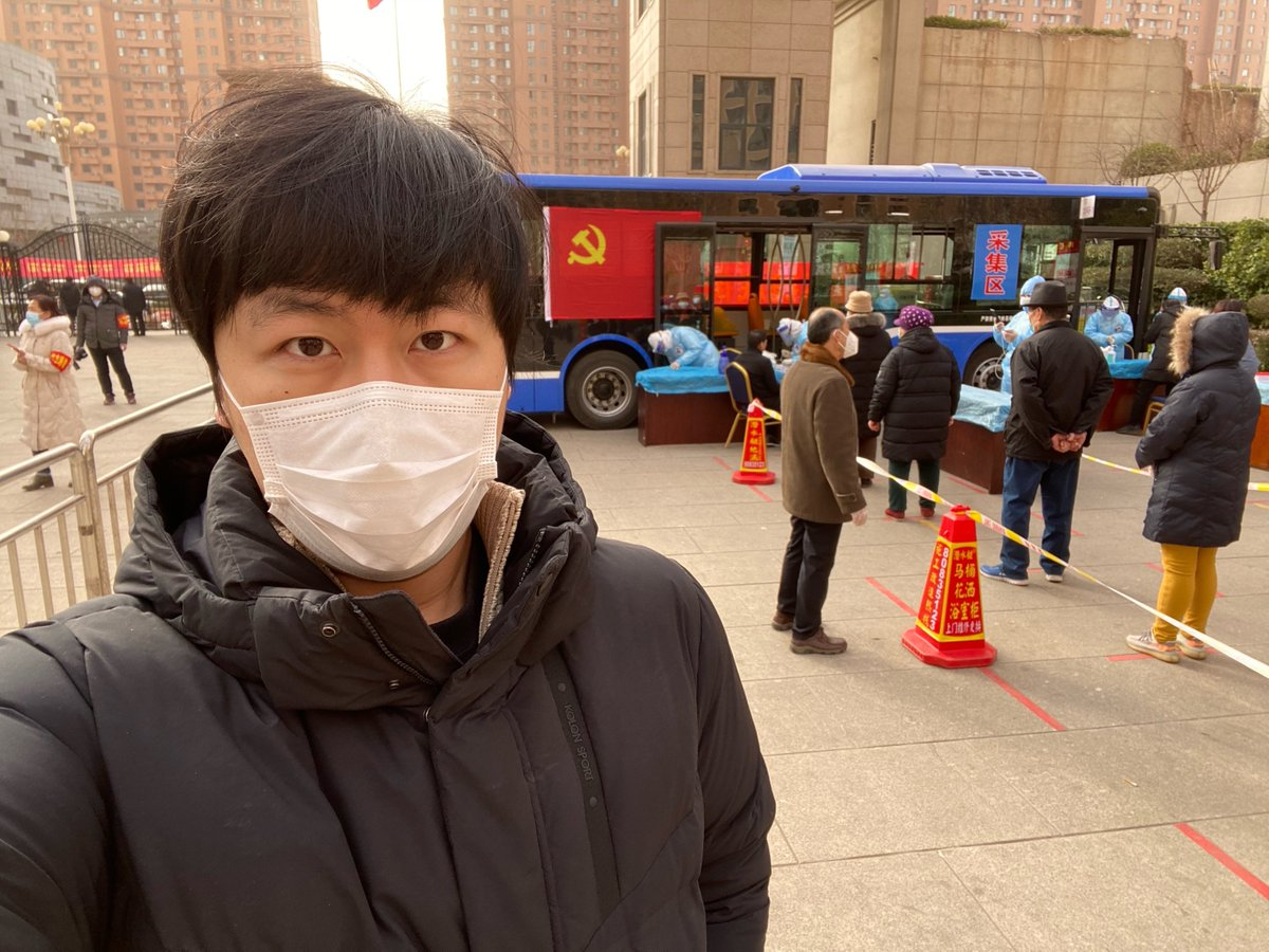 Reporting on #Shijiazhuang's second round of health screening. City buses have been transformed into mobile testing lab, providing free nucleic testing service for the 10 mln residents. The number of COVID-19 infections there has risen to over 400, highest in Chinese mainland.