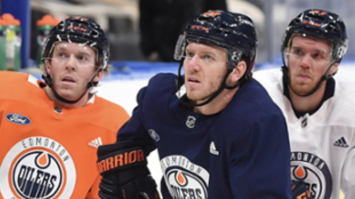 @EdmontonOilers These dudes all look like the same dude. 😂
