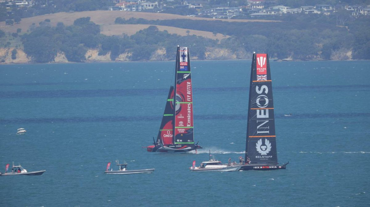 America's Cup: Team New Zealand back on the water less than 24 hours on from capsize https://t.co/iqCHaFxnuv https://t.co/M2mJqPocTH