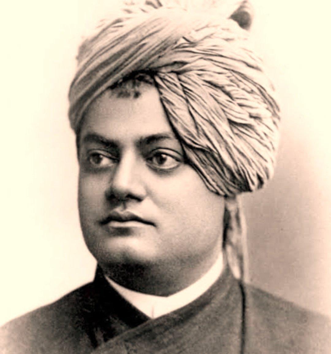"""""""The world is a great gymnasium where you come to make yourself stronger. Embrace hard work & risk-taking."""" He put the letters SPI  before the word 'ritual'  thus defining the true essence of religion.  #SwamiVivekanandaJayanti 🙏🏼🙏🏼🙏🏼"""