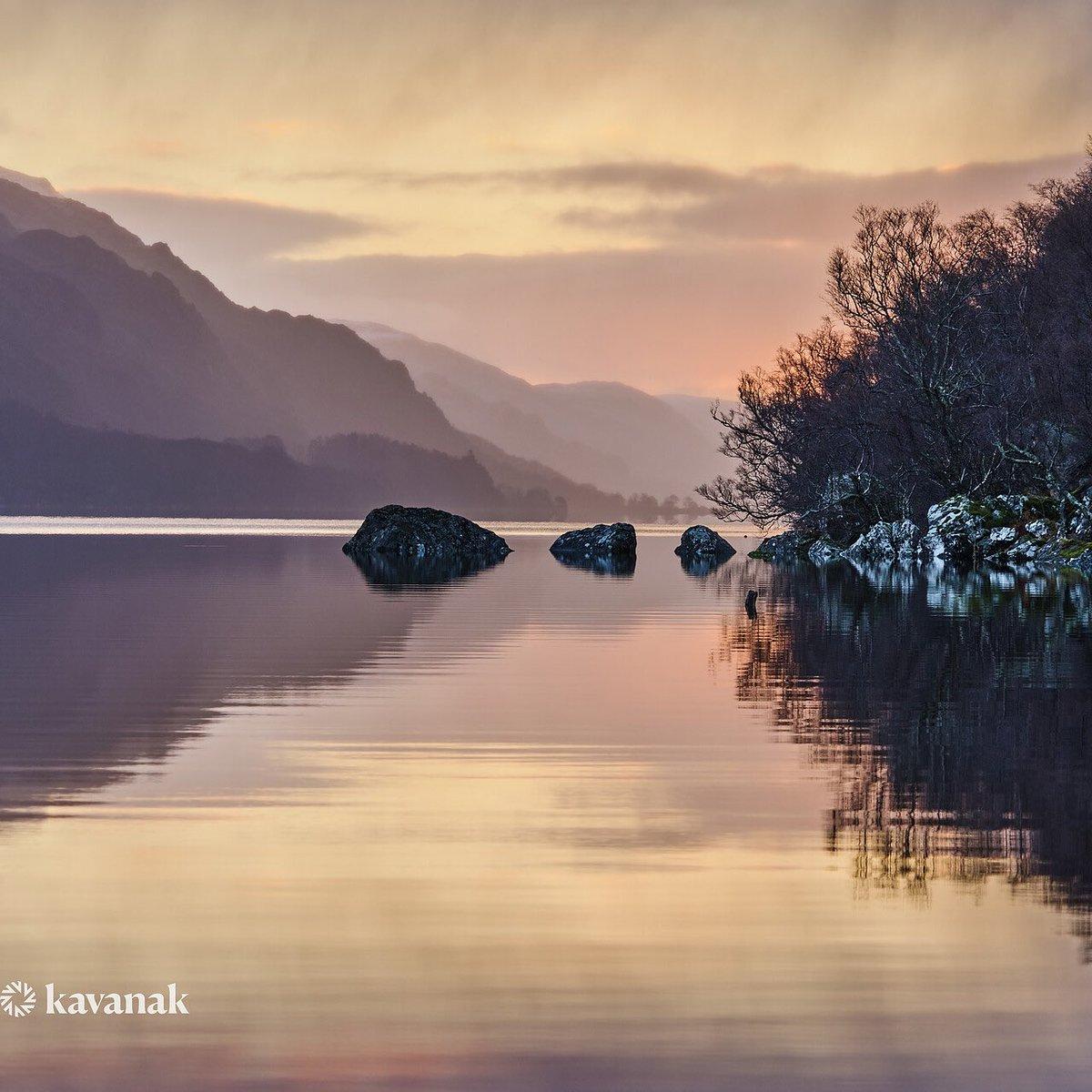 Replying to @ComKavanak:  Sunrise at Loch Maree in the stunning highlands of Scotland. #Sunrise #wcw #NaturePhotography #photooftheday #scotland #landscapephotography