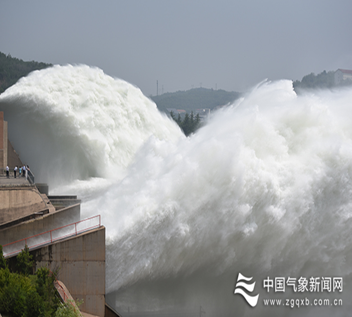 Heavy rains, floods, typhoons, storms, cold wave, heat and drought. Read about the top 10 #weather and #climate events in #China in 2020 from China Meteorological Administration
