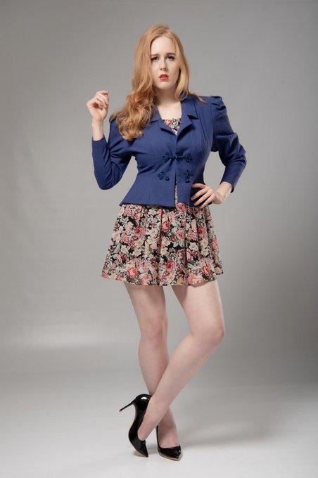 1 pic. Just class! Images by - Ben Hollingbery  #ginger #pinup #vintage #model #classy #dressedup #blazer