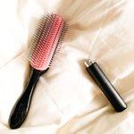 試してみて!香水を櫛にふって髪をとかすとふんわりしたいい香り!
