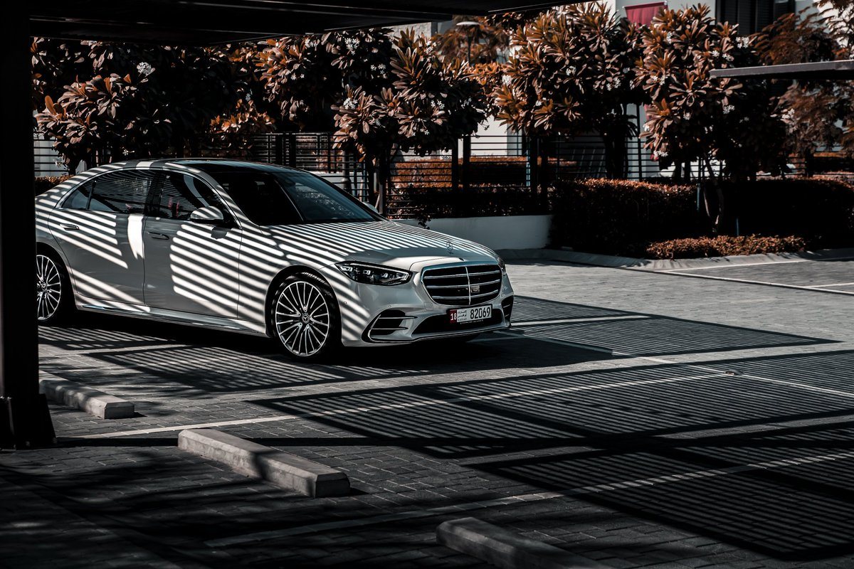 .  مرسيدس-بنز الفئة S تبقى دائما فوق المقارنة .  Stories Fade, Legends Endure | The Timeless S-Class - Explicitly Expressive  #MercedesBenz #TheBestOrNothing #TheNewSClass #SClass  #MercedesBenzAD #AlFahim #EmiratesMotorCompany