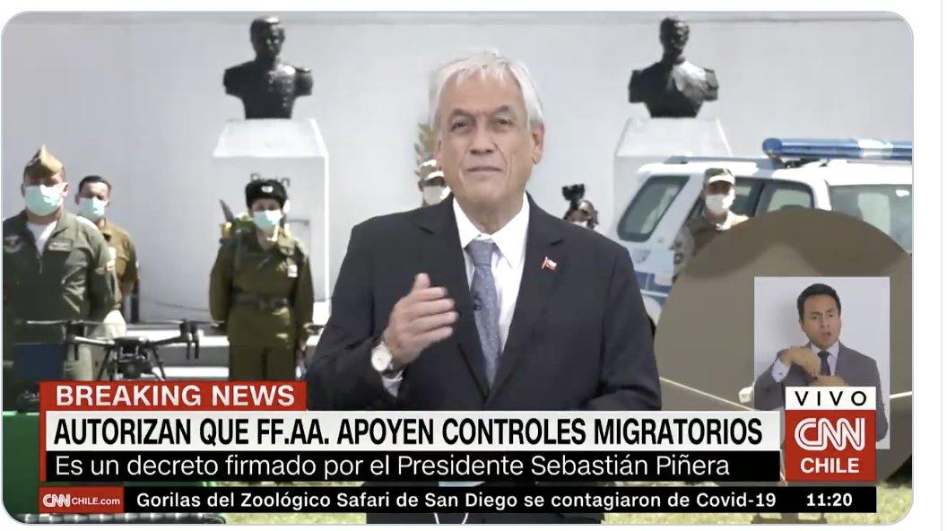 Presidente Piñera acaba de firmar decreto para que FFAA participen en control de fronteras. Chile avanza en la militarización de la seguridad, a punta de populismo, narco guerras inventadas, shows mediáticos y a costa de seguir destruyendo a las policías. Tremendamente peligroso
