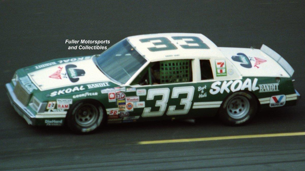 3⃣3⃣ days until the Daytona 500!! 🏁  Harry Gant - 1983   #TheBandit