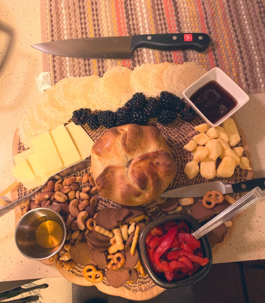 "TAKE ME BACK TUESDAY...take me all the way back to NYE and these #cheeseboards starring baked Brie as the ""big cheese"". What are you craving this afternoon? Also, doesn't NYE seem like it was months ago already? #keepcalmandcharcuterieon #NYE2020 #goodfood #cravings #TMBT"