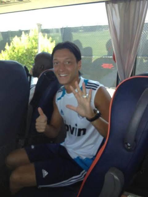 @siyahcoraplilar @MesutOzil1088 @ChampionsLeague @realmadrid @Cristiano
