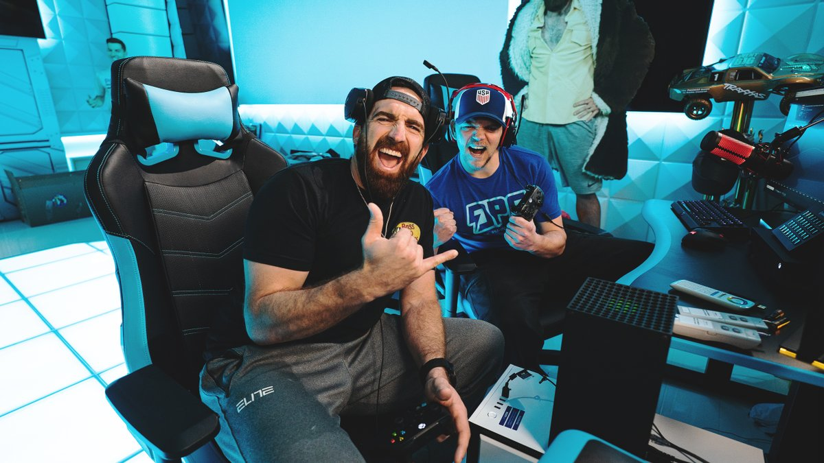 BIG NEWS ⚡️🎧  Dude Perfect Gaming is now streaming exclusively on YouTube!  Join Sparky and the Dudes at  every M-F from 1-5pm & SUBSCRIBE for exclusive DPG content! 👊