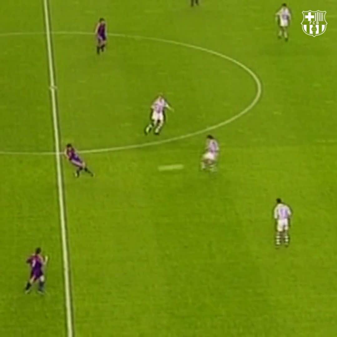 Replying to @FCBarcelona 💥𝘝𝘐𝘕𝘛𝘈𝘎𝘌 #SuperCopaBarça Goal Hristo Stoichkov 🆚 Real Sociedad