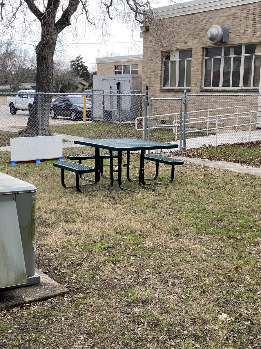 Our Foundational Learning courtyard got 2 new picnic tables. I can't wait for warmer weather to eat lunch outside. 🥪 #lovemylisd #foundationallearning