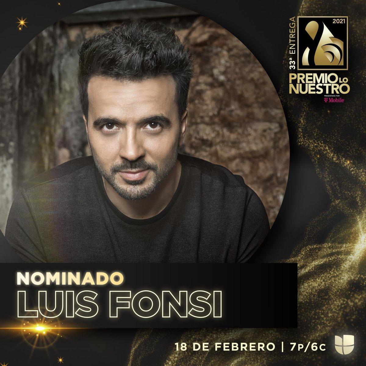 """RT LuisFonsi """"Honrado de recibir estas nominaciones tan importantes. Gracias @premiolonuestro y gracias a todos ustedes por siempre apoyar mi música. A votar se ha dicho 🙌🏽 #Girasoles #Tanto """""""