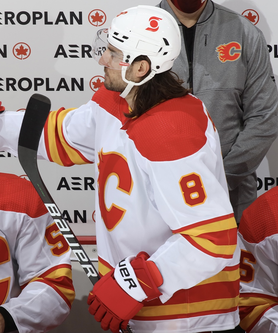 Chris Tanev in a CCM helmet. The last time this was a regular thing was during his early years in the league around 2011-2012.   📸: @NHLFlames   #Flames