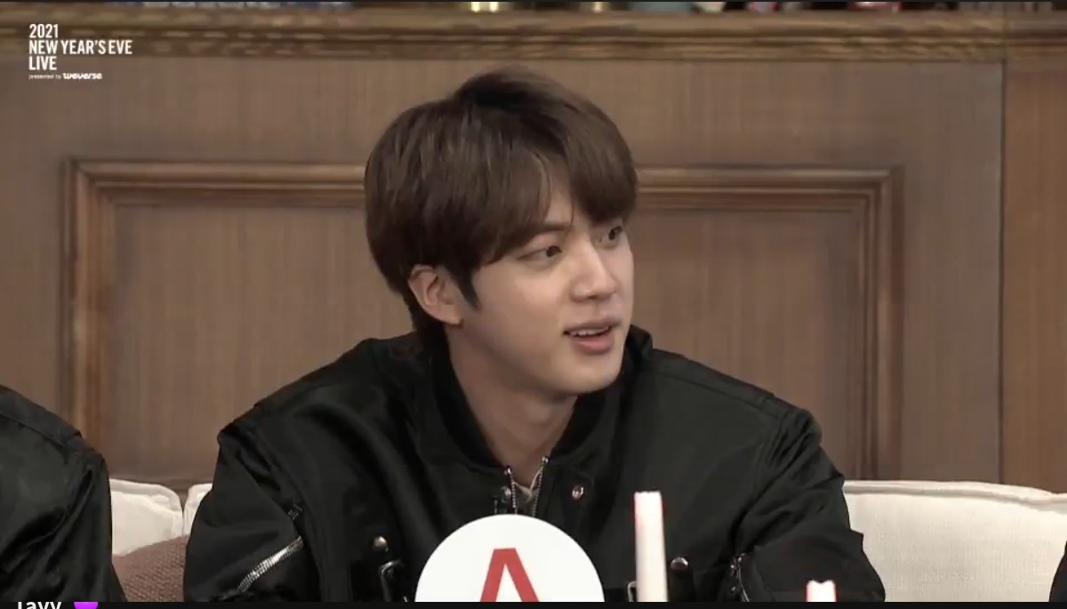 #8YearWithJin #8YearsWithMoon #JIN you are such an amazing human who I have such respect, love and admiration for (to say the least) I laugh with you also I cry with you I love you 💜 ##OurMoonJinDay