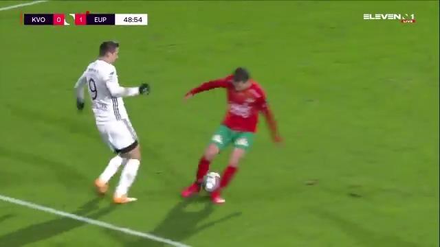 Replying to @ElevenSportsBEf: ⛩️ | Il vaut mieux fermer les jambes quand Smail Prevljak est dans le coin !  😎  #KVOEUP