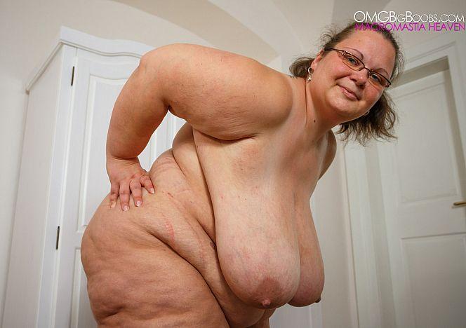 Viola SS#bbw Nude #bigtits see more at https://t.co/opvjhIAP3H https://t.co/nDQoCYekeW