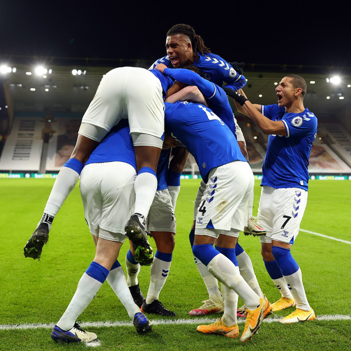 @goal's photo on Everton
