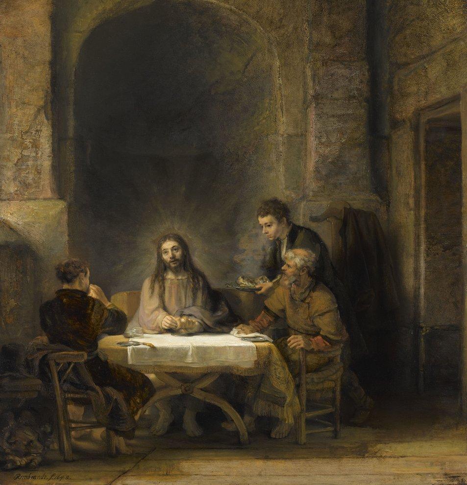 [#UnJourUneOeuvre]  Rembrandt peignit à plusieurs reprises et de manière différente cette scène des pèlerins d'Emmaüs, où Jésus ressuscité se révèle à deux de ses disciples.  ☛   #Peintures