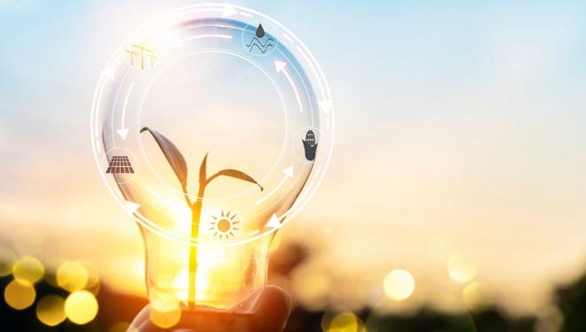 ♻️ YARINIMIZ İÇİN VERİMLİ KULLAN 🏘️ Binalar nasıl verimli hale getirilir? 🔌 Elektronik cihazlar nasıl kullanılmalı? 🍃 Rüzgar enerjisi Türkiye için uygun mu?  📺 Enerji Verimliliği Haftası özel yayını, bugün 12'de NTV! https://t.co/5R4U48C2CB