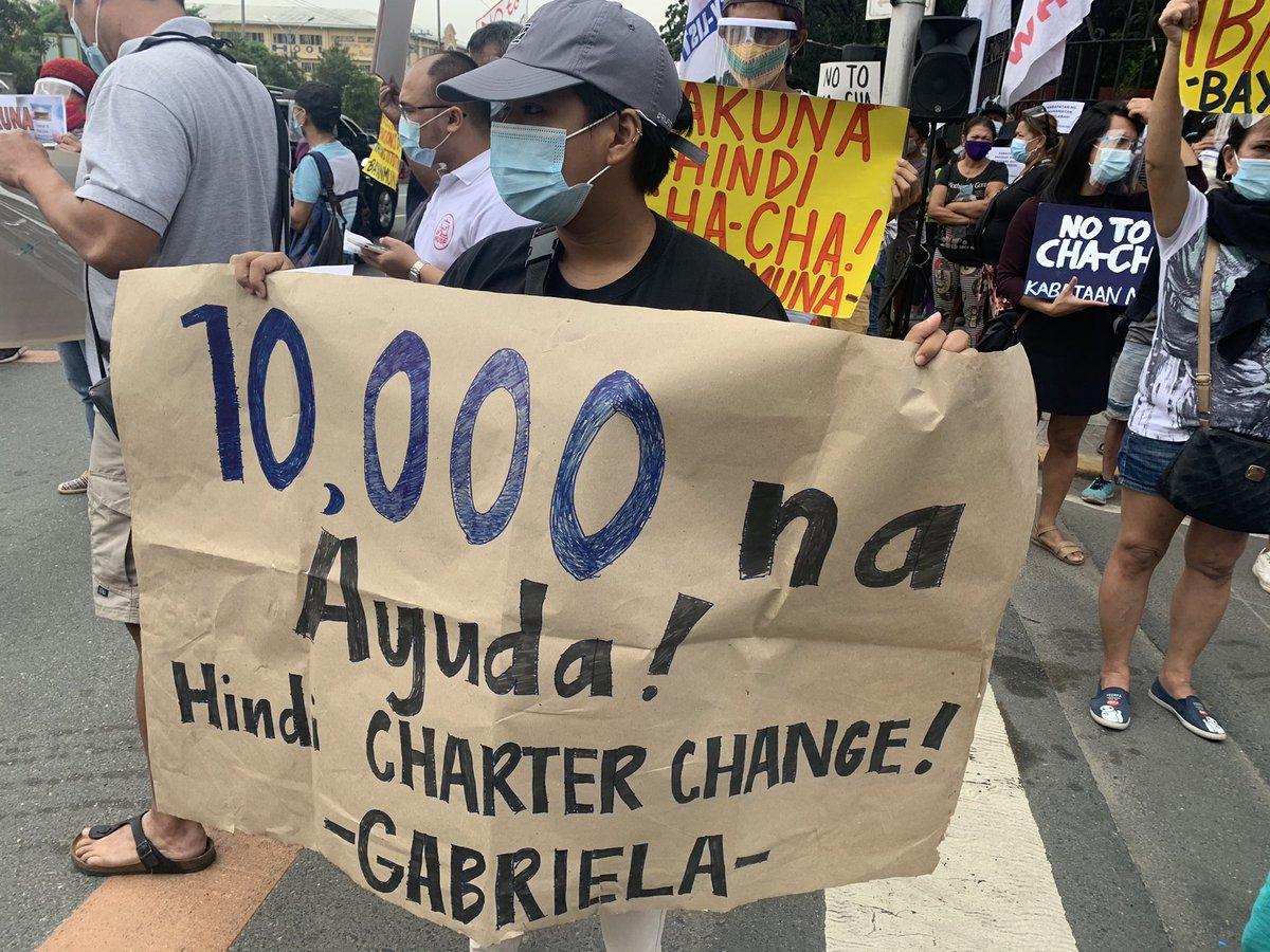 Nakikiisa ang Bahaghari sa ating pagkikilos ngayong araw sa House of Representatives upang tutulan ang Charter Change! #AyudaHindiChaCha #BakunaHindiChaCha #NoToChaCha