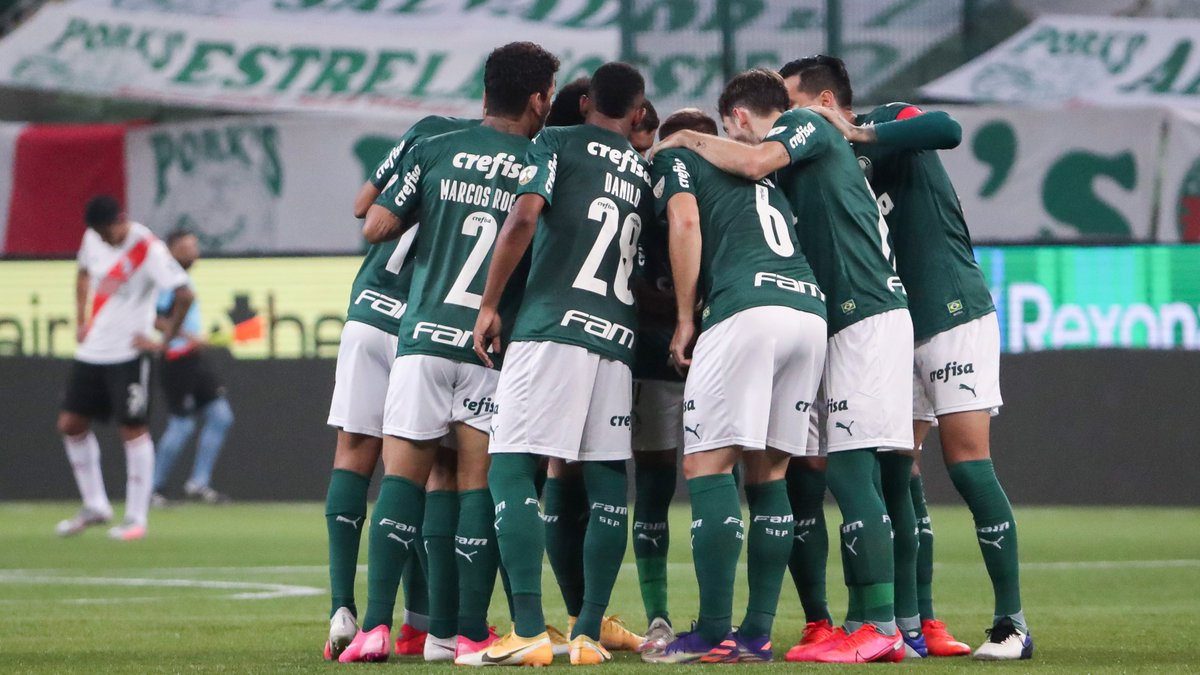 💚 'The Big Green' are in the big game in South America!  🎫 @Palmeiras eke out a 3-2 aggregate victory over River Plate to reach the #Libertadores final for the 1st time this century. Will they seize a #ClubWC ticket at the @maracana?