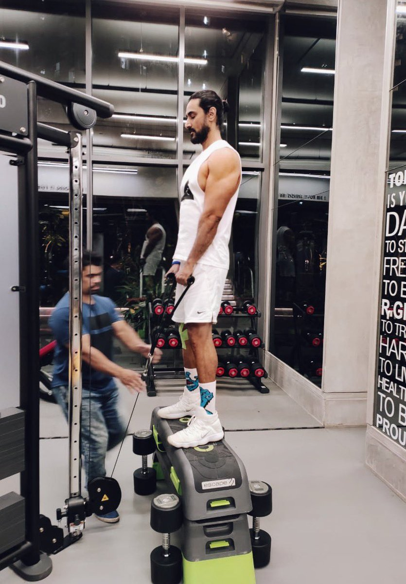 When your trainer thinks you're not tall enough!  #gymdiaries