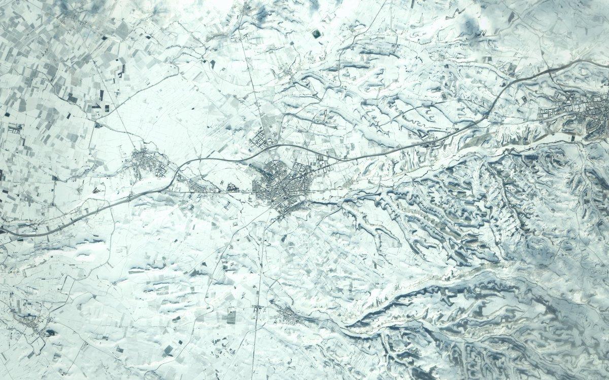 Saltamos ahora un poco más al Este, a #Tàrrega, #Lleida ❄️ #Filomena   @CopernicusEU #Sentinel2 🛰️ 12-01-2021