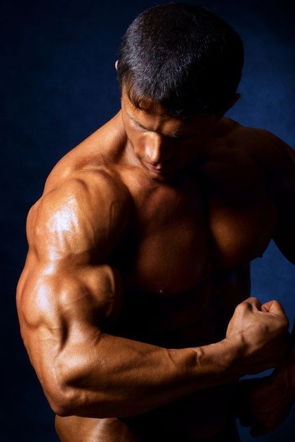 Get Bigger Arms Without Weights More Muscular, Toned Guns  #lamuscle #training #workout #musclebuilding #fitness #bodybuilding #exercise #weighlifting #muscle #lean #fit #gym #gymlife #lifestyle #diet #WednesdayThoughts #WednesdayMotivation #WednesdayVibes