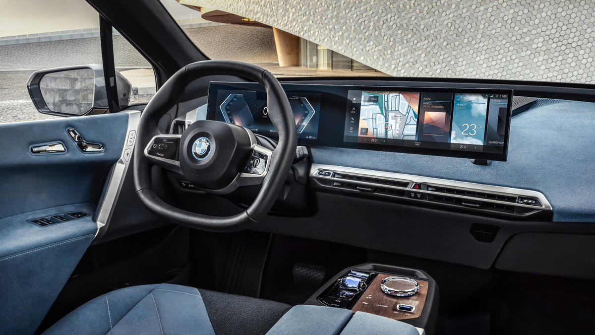 A paradigm shift in the interaction between driver and car. Discover the soul of the new BMW iDrive:   #THEiX   #BMWxCES #CES2021