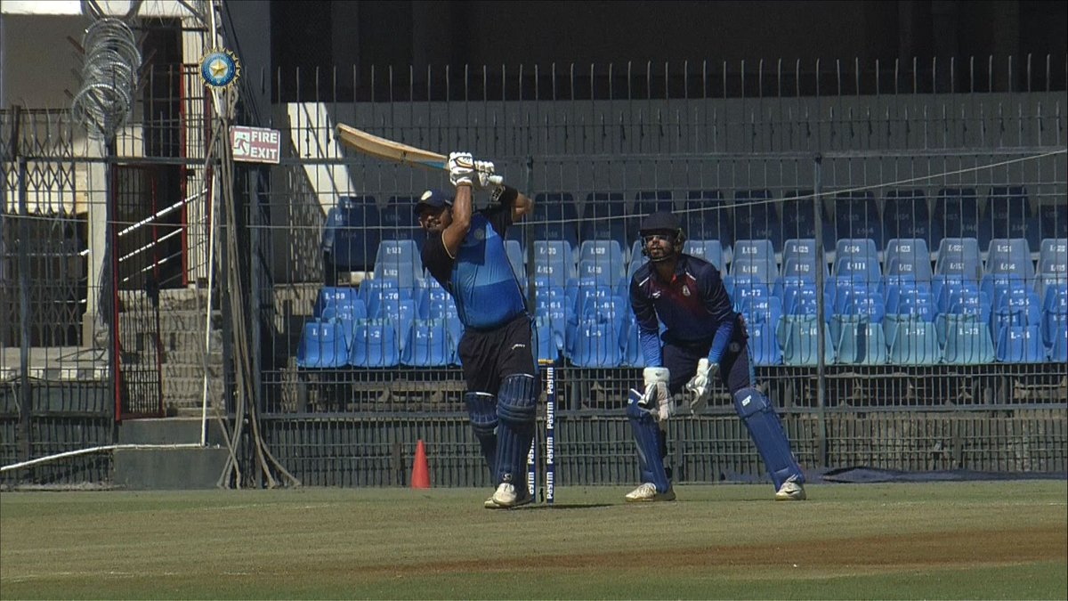 WATCH: Avi Barot slams 93 off 44 🔥🔥  13 fours and 4 sixes! Barot went hammer and tongs and powered Saurashtra to a huge total against Vidarbha. 👏👏 #VIDvSAU #SyedMushtaqAliT20   Video of that stunning knock here 🎥👇