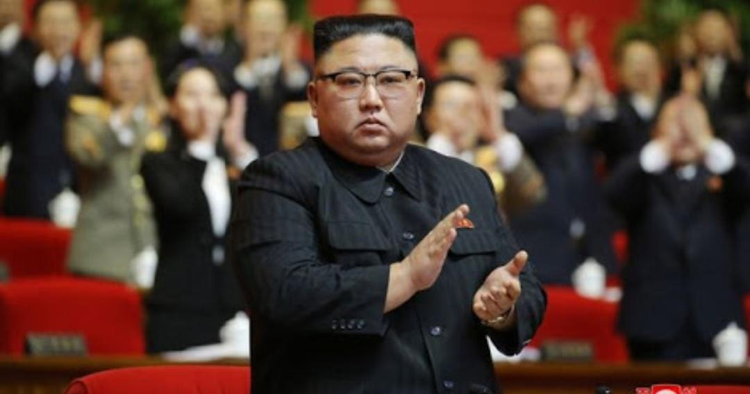 Nyuntik orang nomor 1 di Indonesia aja pak dokter nya gemeteran. gimna kalo nyuntik orang nomor 1 di Korea Utara?