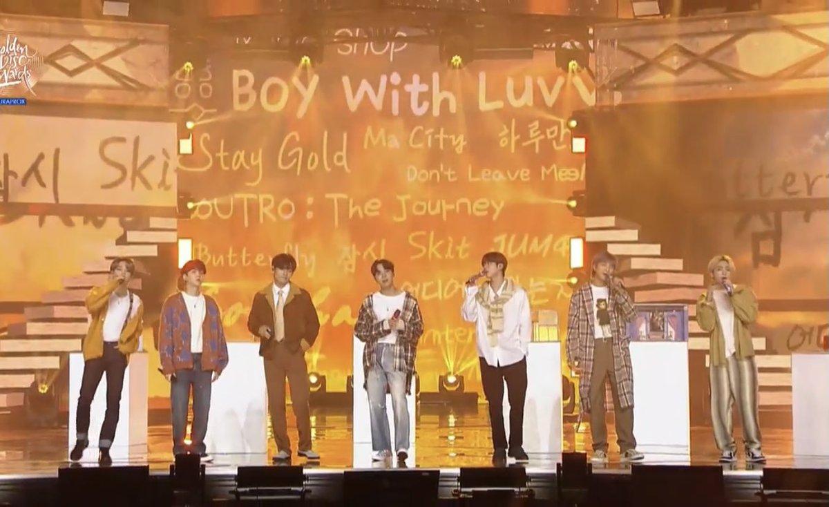 やっとGYAO!でGDAを観たーー💜💜 やっぱ7人揃うといい😍👍 そんでもって、グクの金髪💜💜 ずーっと見てたい😍💜💜 #GDA #방탄소년단 #BTS #7방탄너무소중  #JK #jungkook