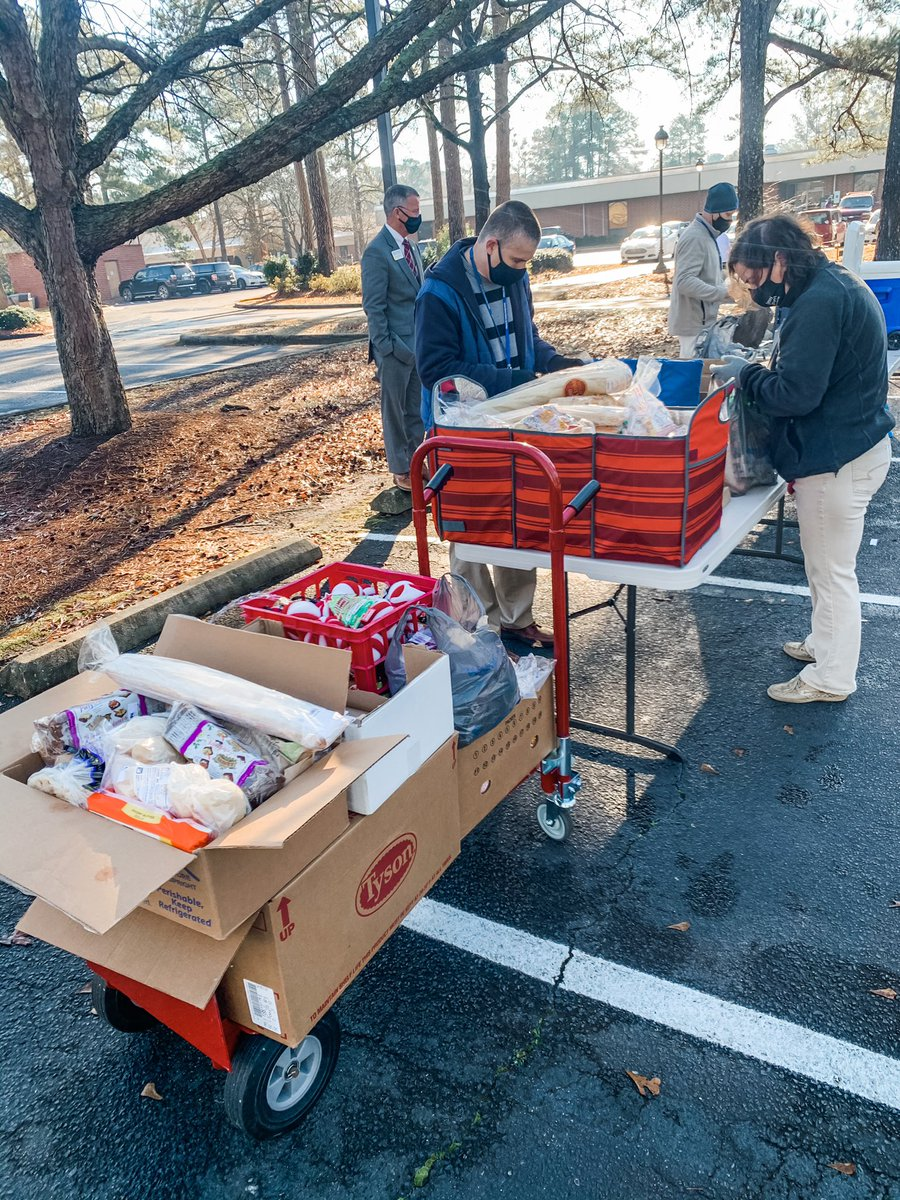 The Spartan Table at JSCC was in full motion this morning providing produce, meats, and other goods to our students!   Food distribution is provided by Food Lion and The Food Bank of Central and Eastern NC twice a month for any student, faculty, and staff in need.