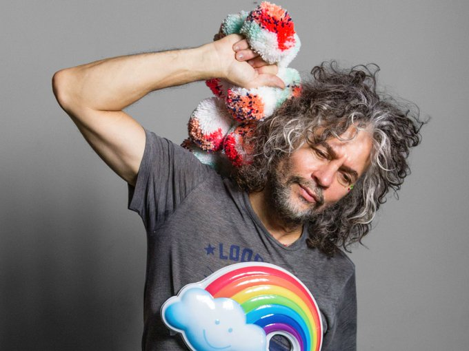 Please join me here at in wishing the one and only Wayne Coyne a very Happy 60th Birthday today