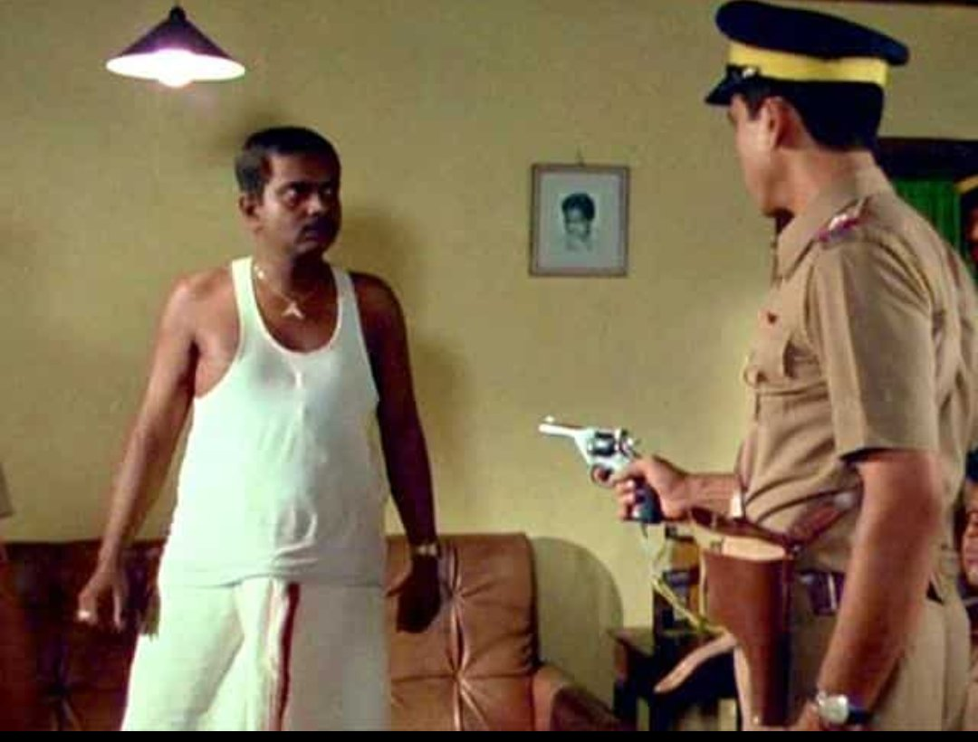 What a scene. What a film  #sadashivamrapurkar #ompuri #ardhsatya #govindnihlani