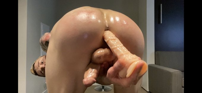 Cum check out my frat boy pledge fuckathon ... fucked 4 loads into a glass for a quality self facial