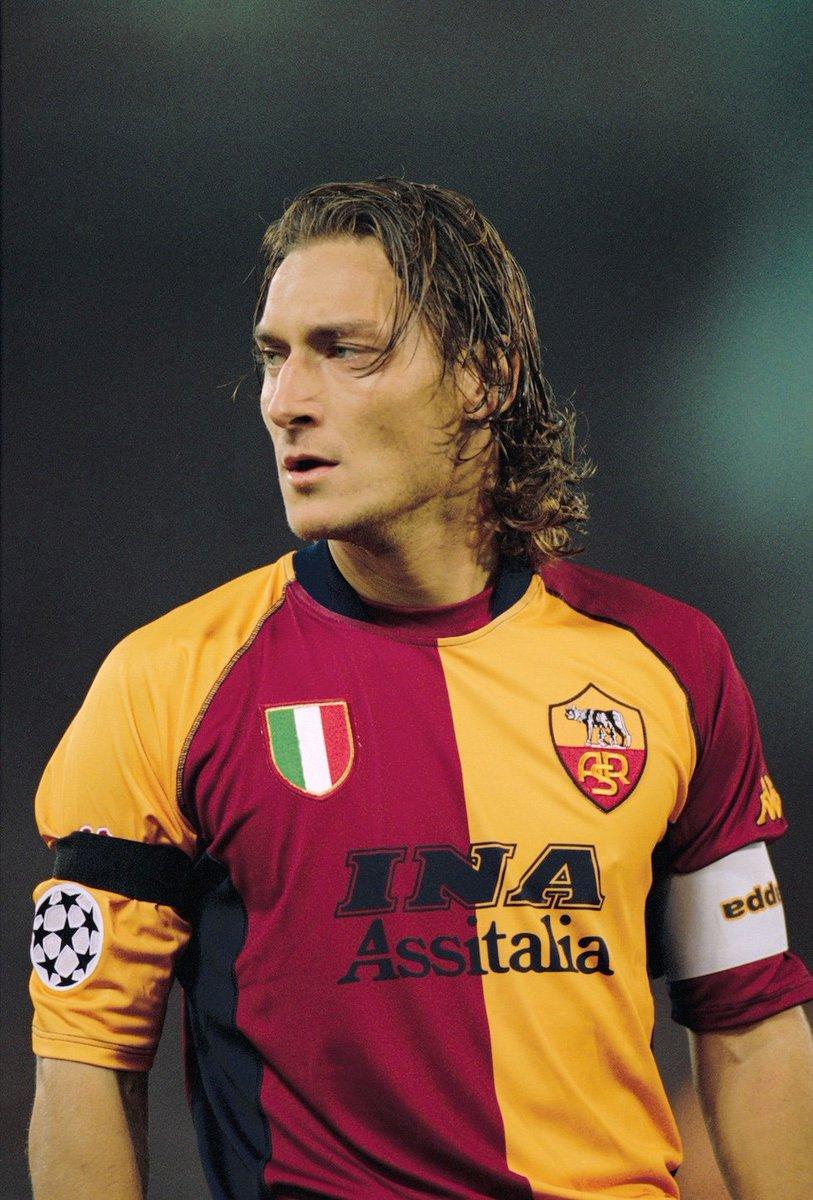 @ChampionsLeague @ASRomaEN @Totti EL-CAPITANOOOO