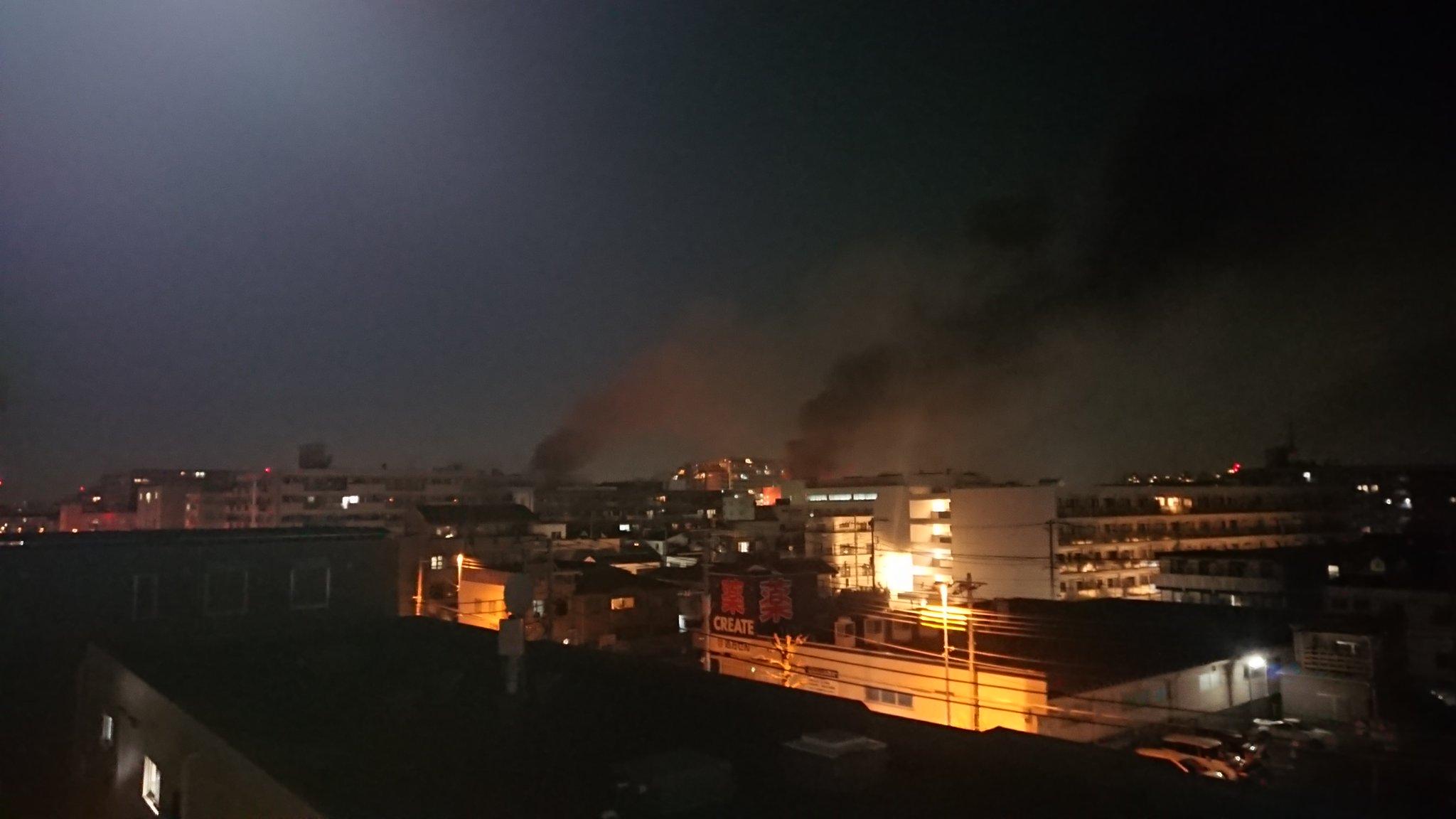 画像,#火災 #京三製作所?  #工場火災 #延焼現在 京三製作所辺りで火災慌てて近くの実家マンション登って取りました https://t.co/N1Ybxi2WCZ…
