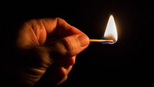 За добу на Волині – три пожежі через необережне поводження з вогнем https://t.co/l8A6DBsgl1  12 січняпрацівники пожежно-рятувальних підрозділів ліквідували п'ятьпожеж, що трапилися на території Волинської області. Три з них– через необережне поводження з вогнем.  Про це пов... https://t.co/3oG3jywtxS