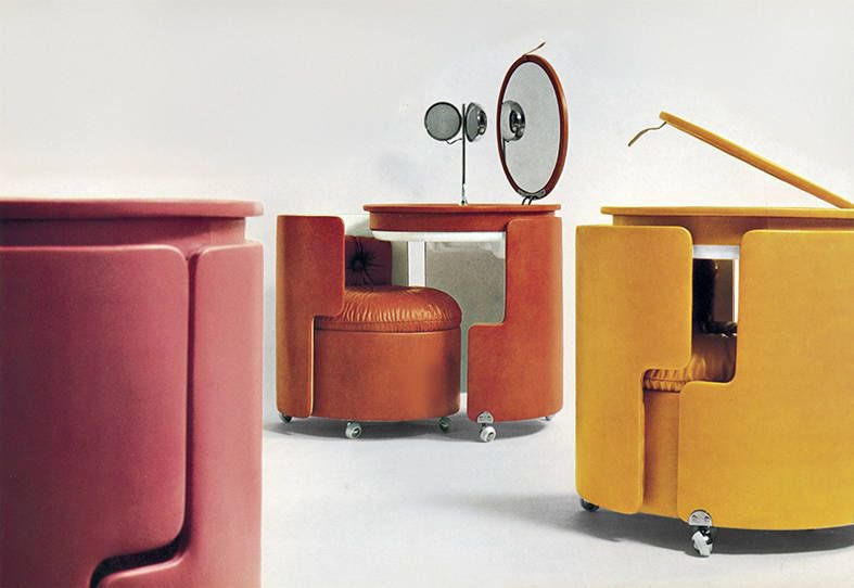 Replying to @soupinhercan: thinking about this luigi massoni vanity
