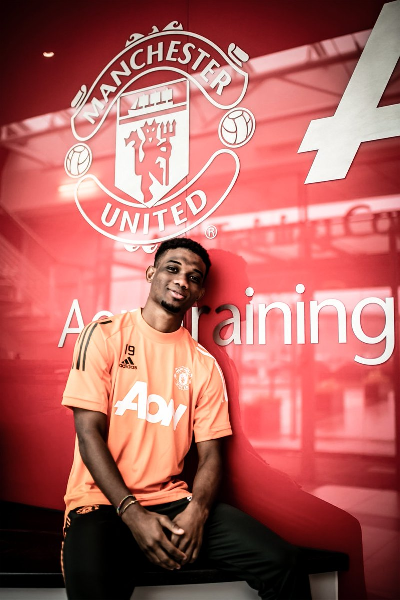 Replying to @DreddFx: He's here..  AD19 🔴  #Diallo #AD19 #MUFC