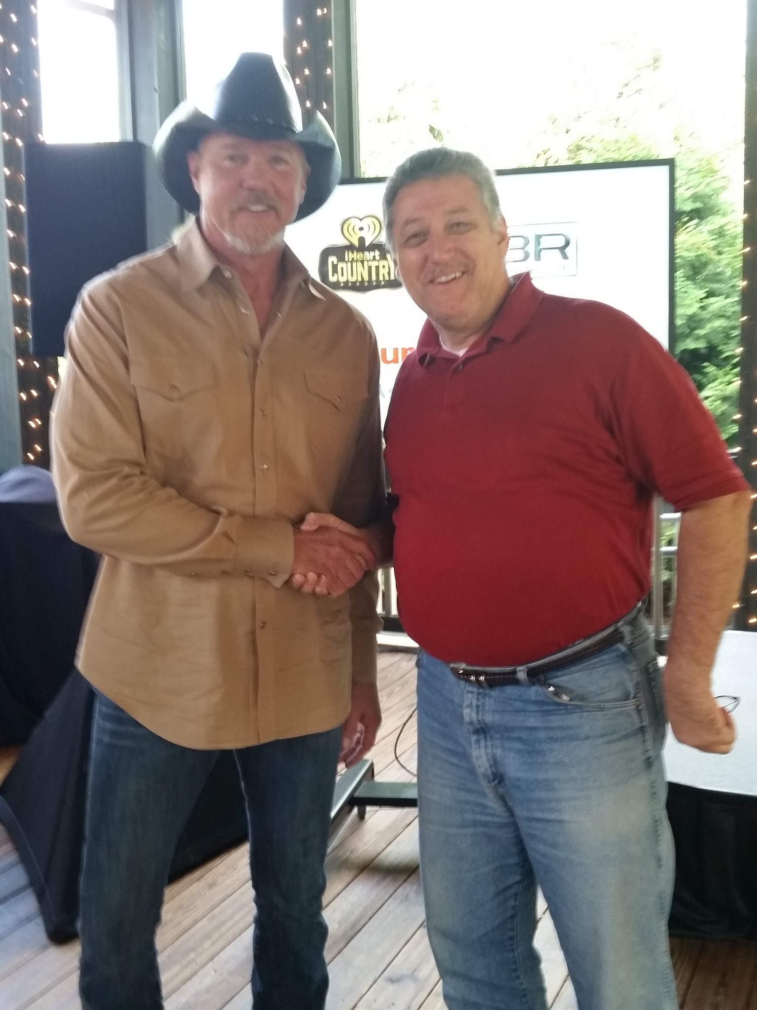Happy Birthday Trace Adkins.